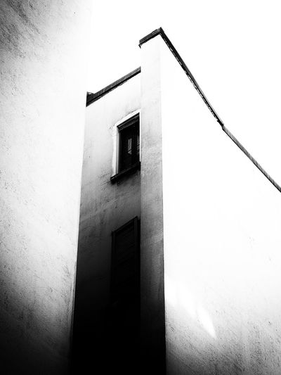 Blank Archilovers Architecture Blackandwhite Built Structure Gap Hiatus High Contrast Low Angle View Minimalism Monochrome Outdoors VOID