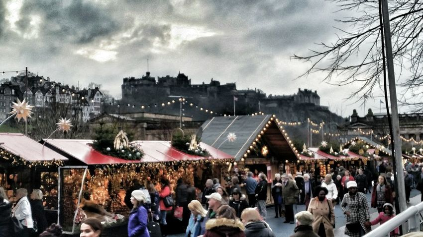 Scotland Edinburgh Castle Edinburgh Cristmas Village Photography Photooftheday The Journey Is The Destination The Great Outdoors - 2016 EyeEm Awards People Clouds Rain Grey Day Cristmas Time Cristmas Tradition Edinburgh Streets Lights Christmas Lights Travel Lovely
