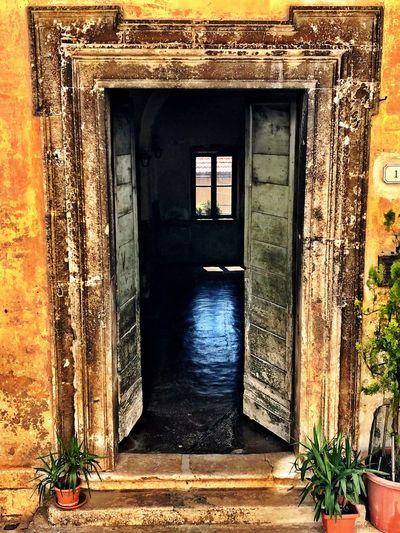 Architecture Door Built Structure Doorway Potted Plant No People Open Door Entry IPhoneography IPhone IPhone7Plus Architecture Fiuggi