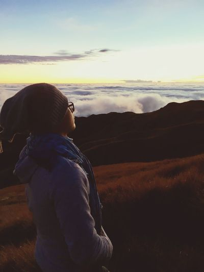When you're single, travelling is the best way to remind yourself that you can be happy even if you're alone. One Person Real People Nature Landscape Sky Leisure Activity Beauty In Nature Scenics Mountain Rear View Outdoors Lifestyles Tranquility Hooded Shirt Standing Warm Clothing Day