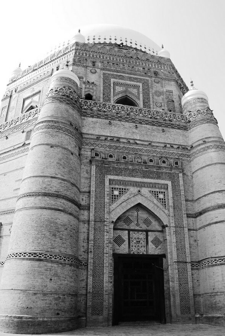 architecture, built structure, history, low angle view, travel destinations, building exterior, tourism, spirituality, religion, arch, travel, place of worship, ancient, day, facade, outdoors, no people, ancient civilization, sky