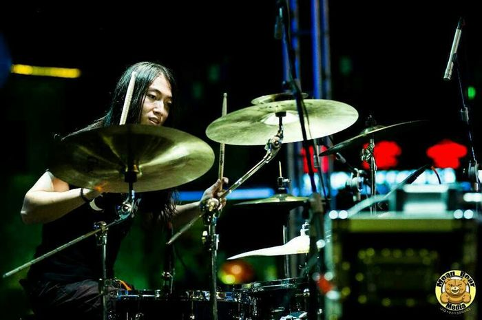 Crack banf.playing in Zhenjiang China. Chinese Music Music Muscian  Rock Concert Asian Music Music Festival LiveOnStage Rock Photography Metalcore Live Music Metal Music Concert Photography Metal Festival Music Photography  Zhenjiang Chinese China Drums Drummer