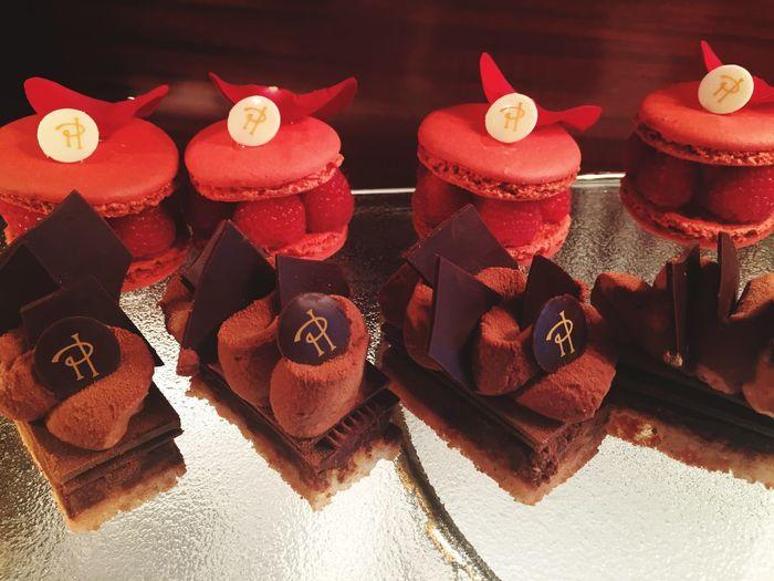 Royal Monceau Pierre Hermé Chocolate♡ Chocolate Strawberry Cake Beauty Miam Eat Me...Now! Gateau