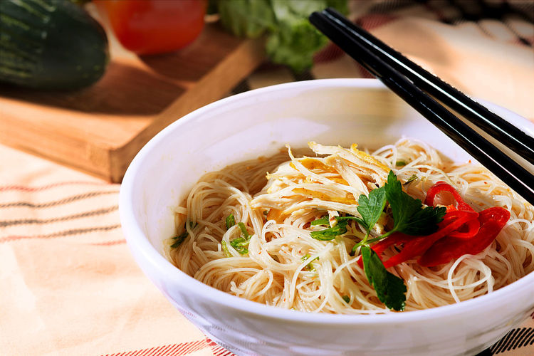 bihun sup Asian