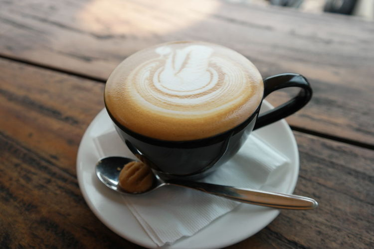 Coffee Coffee - Drink Coffee Cup Cup Food And Drink Mug Drink Refreshment Frothy Drink Crockery Eating Utensil Cappuccino Spoon Kitchen Utensil Table Hot Drink Froth Art Still Life Latte No People Non-alcoholic Beverage Teaspoon Caffeine Froth Coffeelover