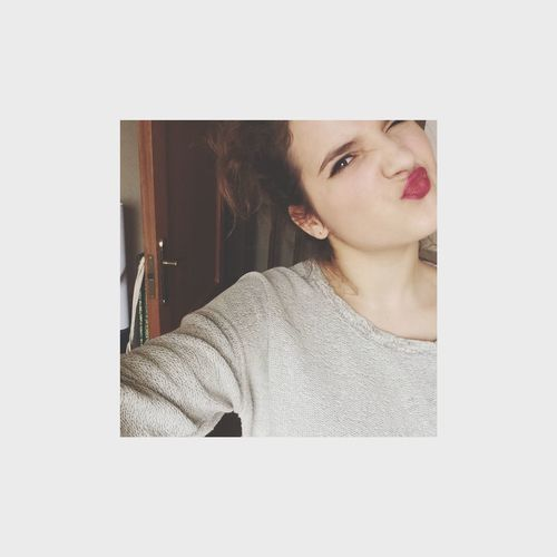 Hi! That's Me Cheese! Taking Photos Hatersgonnahate Selfie Kiss Red Lips Lips Followme