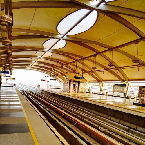 Itravel I click Indian_and_me Rapidmetro . Gurgaon NCR Cybercity
