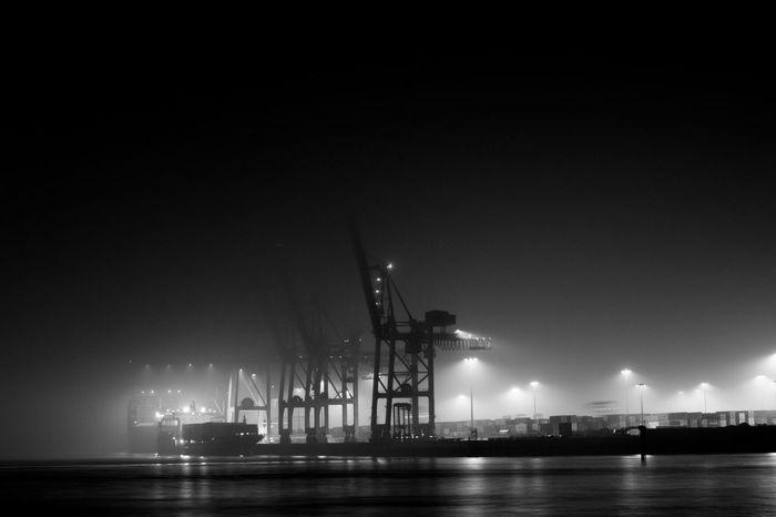 7D Black & White Containership Hamburg Harbour Travel Blackandwhite Blackandwhite Photography Germany Loading Travel Destinations EyeEmNewHere HUAWEI Photo Award: After Dark #urbanana: The Urban Playground