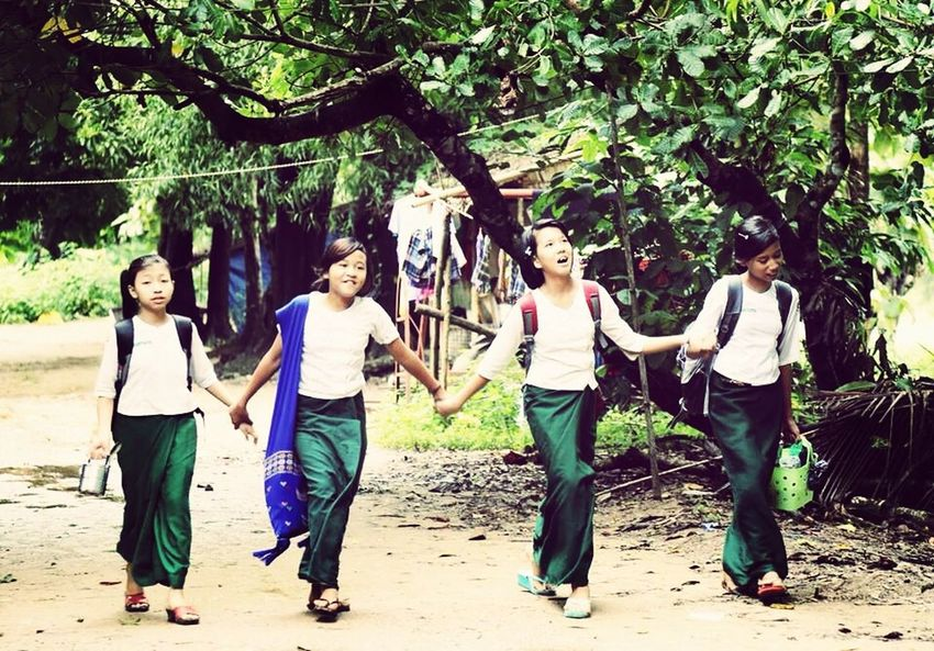 Singing On The Way Student Myanmar