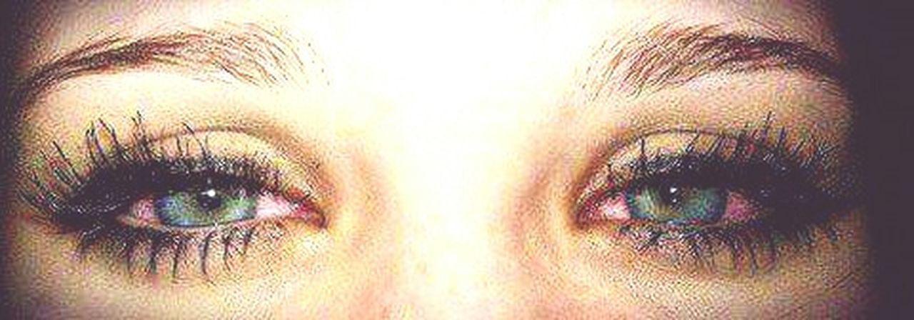 ojos rojos linda mirada vamos a quemarnos... Weed OjosRojos