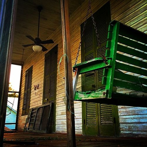 Patina_perfection Abandoned_junkies Rsa_main Pocket_abandoned Dn_lonelychair Tv_rural Explore_n_discover_fa