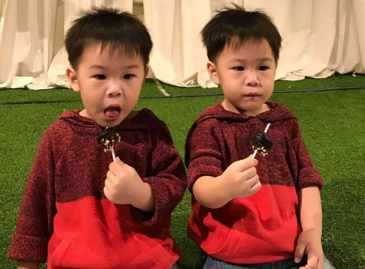 +seeingdouble Child Childhood Males  Boys Sitting Looking At Camera Portrait Togetherness Sibling Waist Up