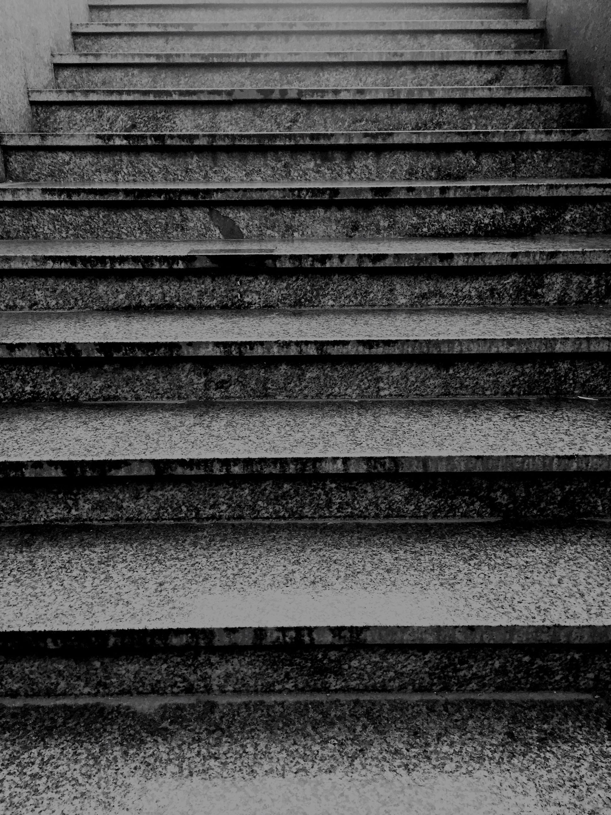 steps, pattern, textured, the way forward, steps and staircases, full frame, backgrounds, wood - material, no people, staircase, high angle view, close-up, built structure, indoors, diminishing perspective, wall - building feature, in a row, day, surface level