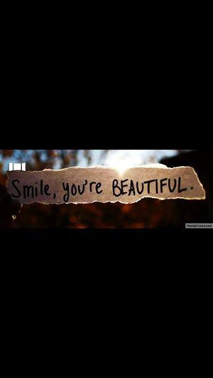 Sorridi sempre perché quando lo fai sei bellissima