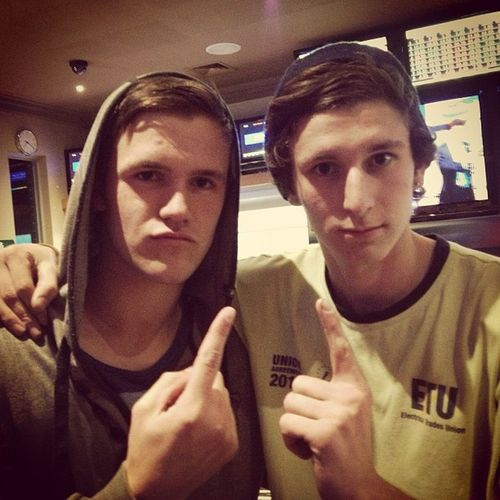Toms last night in Geelong, me and him just won a game of pool so now we're number 1 Winners Fuckyes Theylostagaintretards Goodbyetom havefun youregonnaearntoomuchmoney luckycunt bestwishes