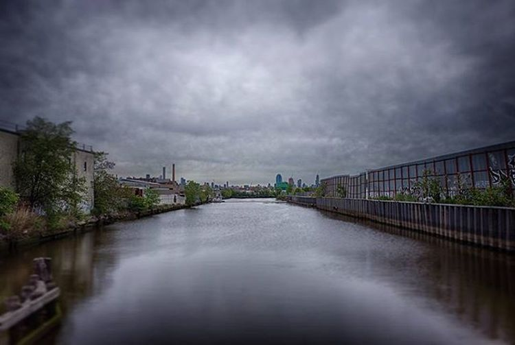 Newtown Creek, Brooklyn NY Spring 2016 Streetphotography Cityscape Urbanphotography Landscape Landscapephotography Photography Nycphotography Waterfront Waterway Creek Nyclife Realnyc Industry Nycneighborhoods Rawstreetphotography Newtowncreek Brooklyn Newyork NYC Ricohgr 28mm Ricohimages