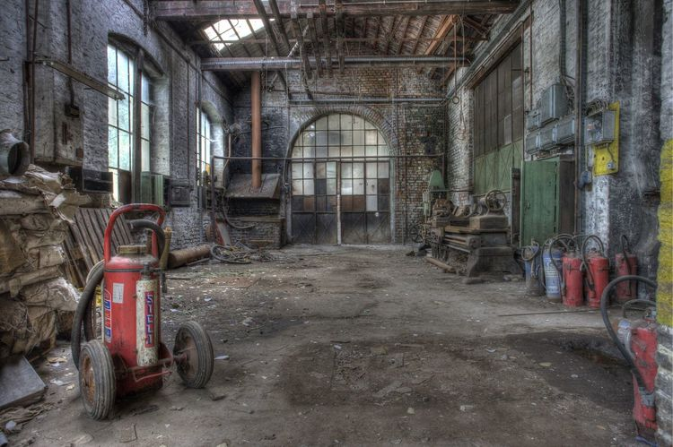 Factory Factory Building Forget Industrial No People Rust Rusted Steel Urban Industry Urbex Old Factory Abandoned Abandoned Places Abandoned Buildings Urbex Industry Unvisited Forge  Forgings Tools Lathe Workshop Lightfall