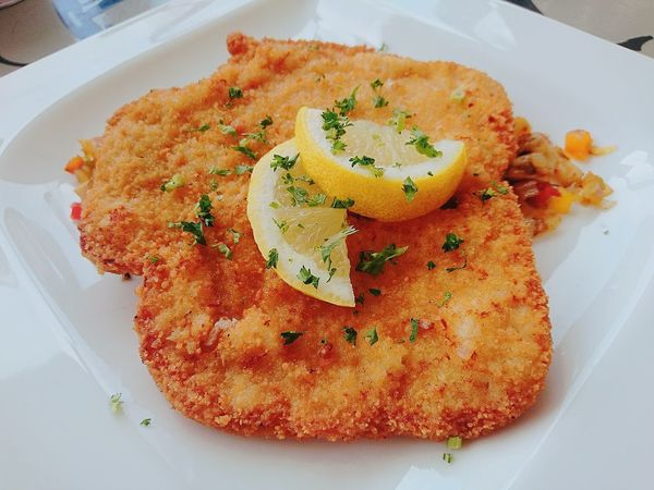 Whatsfordinner esta noche Snitzel Onrust Foodspotting Food Photography Lovely Food Foodpic