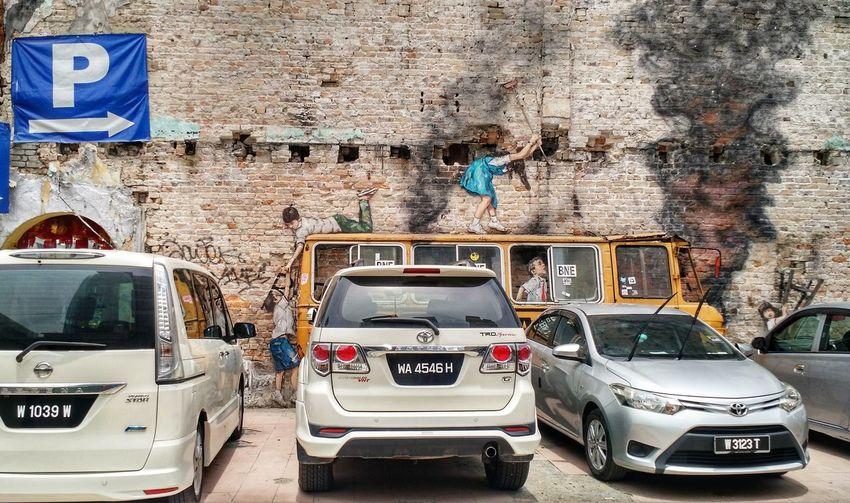 Street art. Street Art Graffiti EyeEm Selects Car Architecture Parking