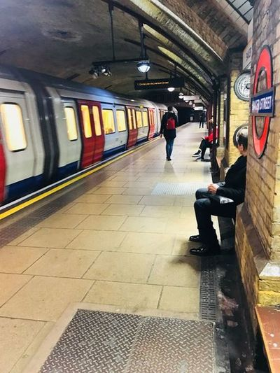 Underground 🚇 Uk London Baker Street Station Theholysin Tadaa Community Men Indoors  Subway Train Adult People Lifestyles Full Length Real People