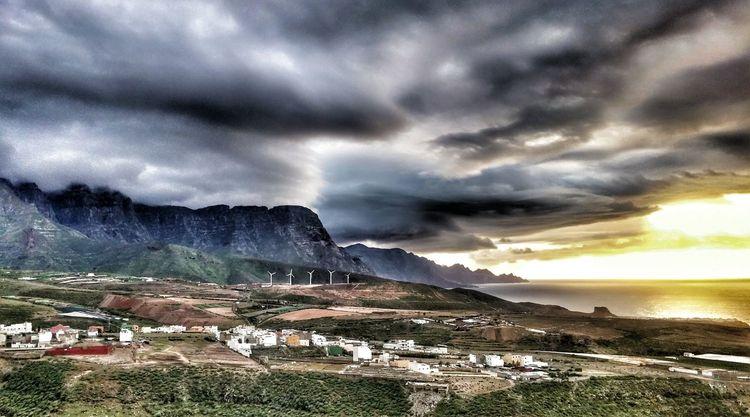 Atardeceres mágicos - Amazing Sunset Clouds And Sky Gáldar Tamadaba