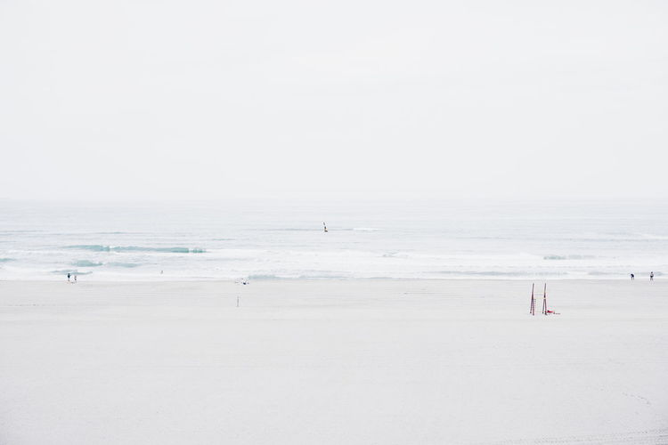 How many people? Minimalism White Sony A6000 Sea View Seascape Tiny People EyeEm Best Shots Exceptional Photographs From My Point Of View Non-urban Scene People Sea Sea_collection Simplicity Deceptively Simple Fine Art Photography Live For The Story Breathing Space Perspectives On Nature
