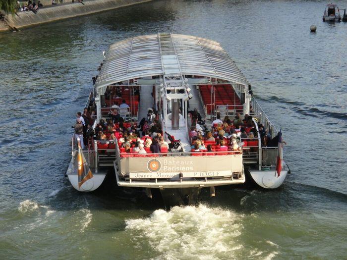 Paris Bateau Boats Tourist Boat Being A Tourist Seine La Seine