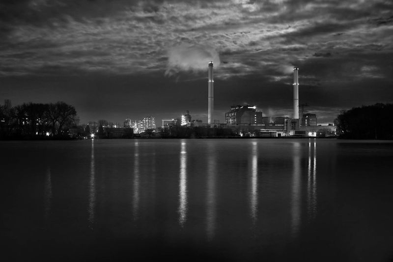 Water Reflections EyeEm Best Shots - Black + White Night Photography City Skyline
