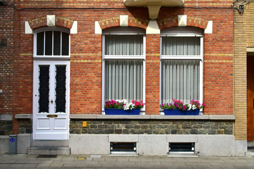 Everything is quite and in Order at this House in Leuven Nikon1 Nikon1j4 Colour Of Life