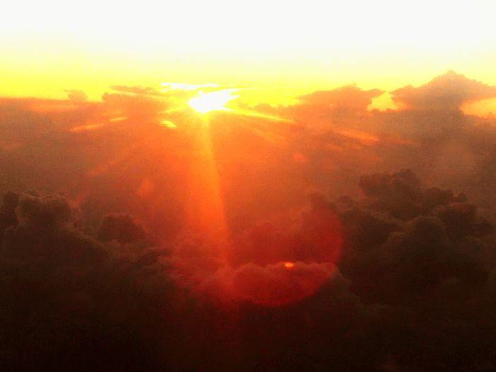 Cloud - Sky Sunrays_penetrating_clouds Sunlight Sunset Sunset #sun #clouds #skylovers #sky #nature #beautifulinnature #naturalbeauty #photography #landscape Clouds And Sky Lan And Clouds Sunrays Sunand Sky