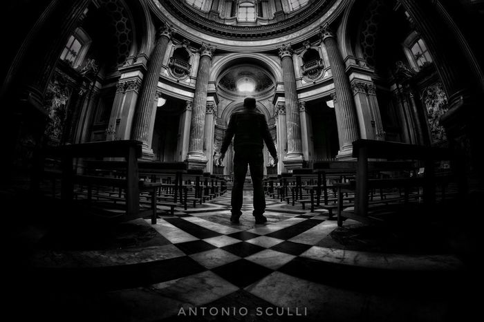 B&W Samsung SamsungNX500 Italy Italia Biancoenero B&w Spirituality Arch Religion Indoors  Place Of Worship One Person People