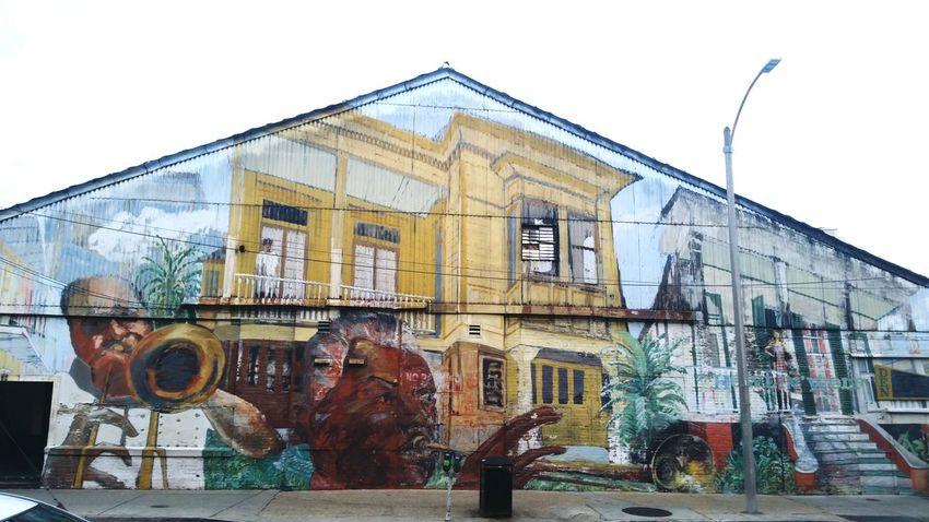 Steetart Wallart Murals NOLA Running