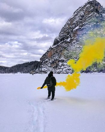 Frozen Lake Lake Smoke Yellow Fumogeni Smoke♥ Mountain Adventure Only Men Outdoors Sky Day Warm Clothing Men Shades Of Winter