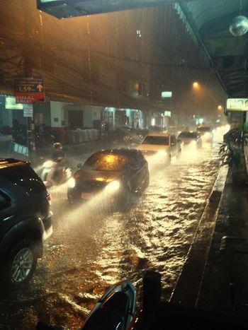 Nam Tuam Ngamwongwan Bangkok Thailand Flood