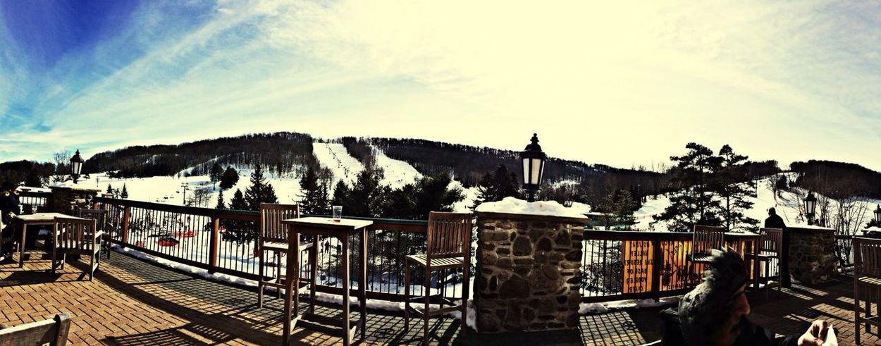 ALL WHITE EVERYTHING Ski
