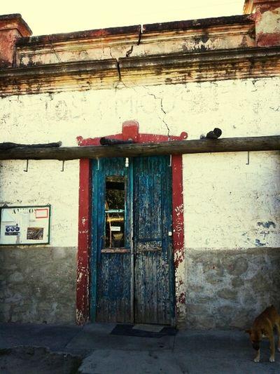 Puerta Old Door Pulperia Hello World