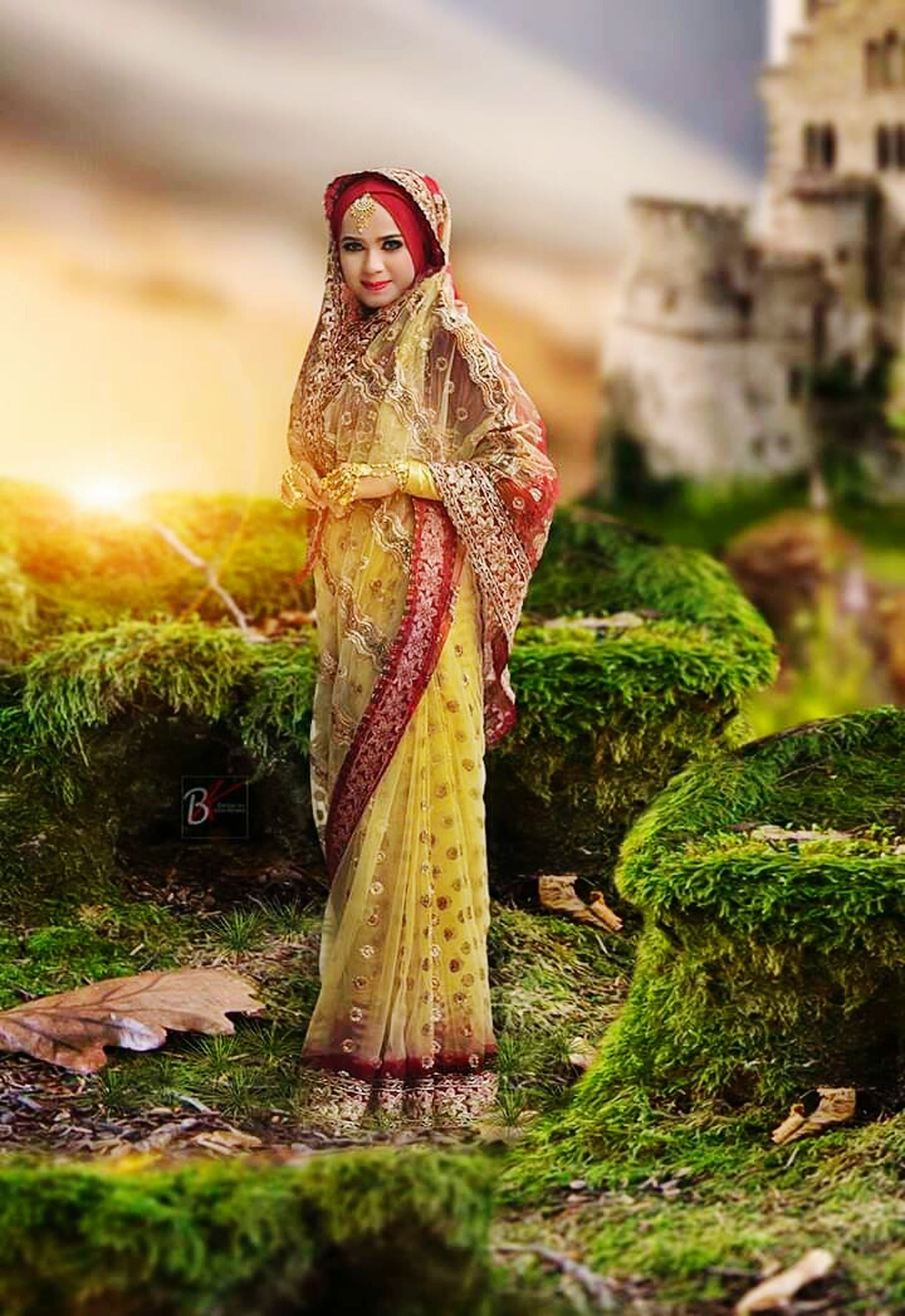 clothing, celebration, women, adult, one person, standing, full length, traditional clothing, young adult, architecture, beautiful woman, lifestyles, costume, young women, fun, real people, day, selective focus, outdoors