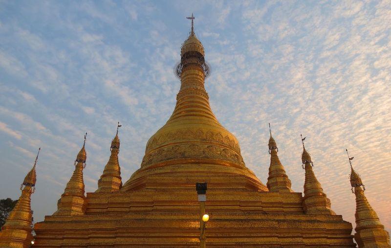 Myathalon Pagoda Myanmar Pagoda Myanmar Pagoda Outdoor Magway Blue Sky Sunset
