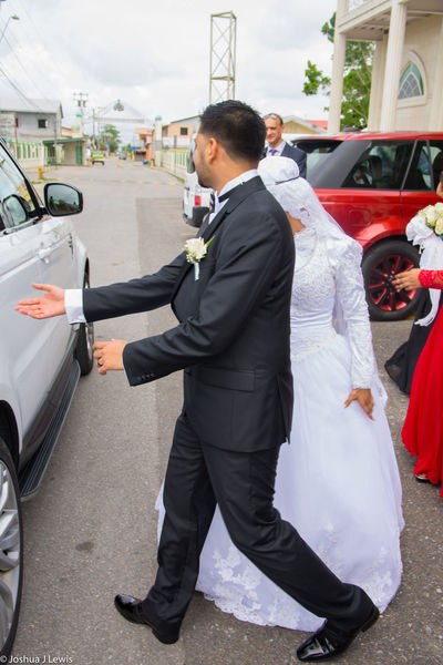 Beautiful Caribbean Trinidad And Tobago Muslimwedding Stillife Life Events Religion Wedding Dress Togetherness Happiness Couple - Relationship Husband Love Car