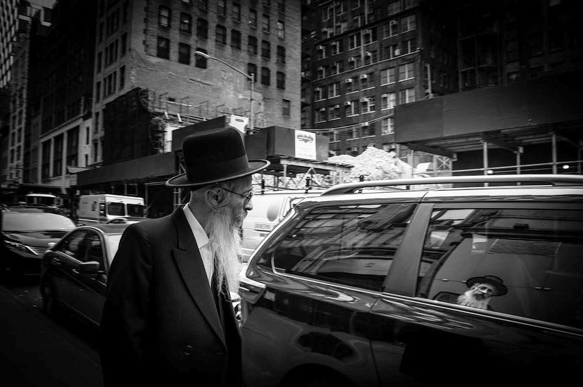 Manhattan City Only Men People Fine Art Photography Blackandwhite EyeEm Gallery Black And White Photography Monochrome Eyeemphotography EyeEm Masterclass New York New York City One Person Streetphotography Streetphoto_bw Streetphotography_bw Black And White Friday