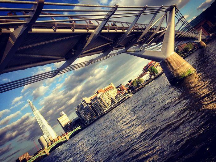 Thames River Millenium Bridge The Shard Tate Modern Gallery Architecture London Foster + Partners Renzo Piano Herzog&deMeuron Design Lifestyle WhoAteliers First Eyeem Photo