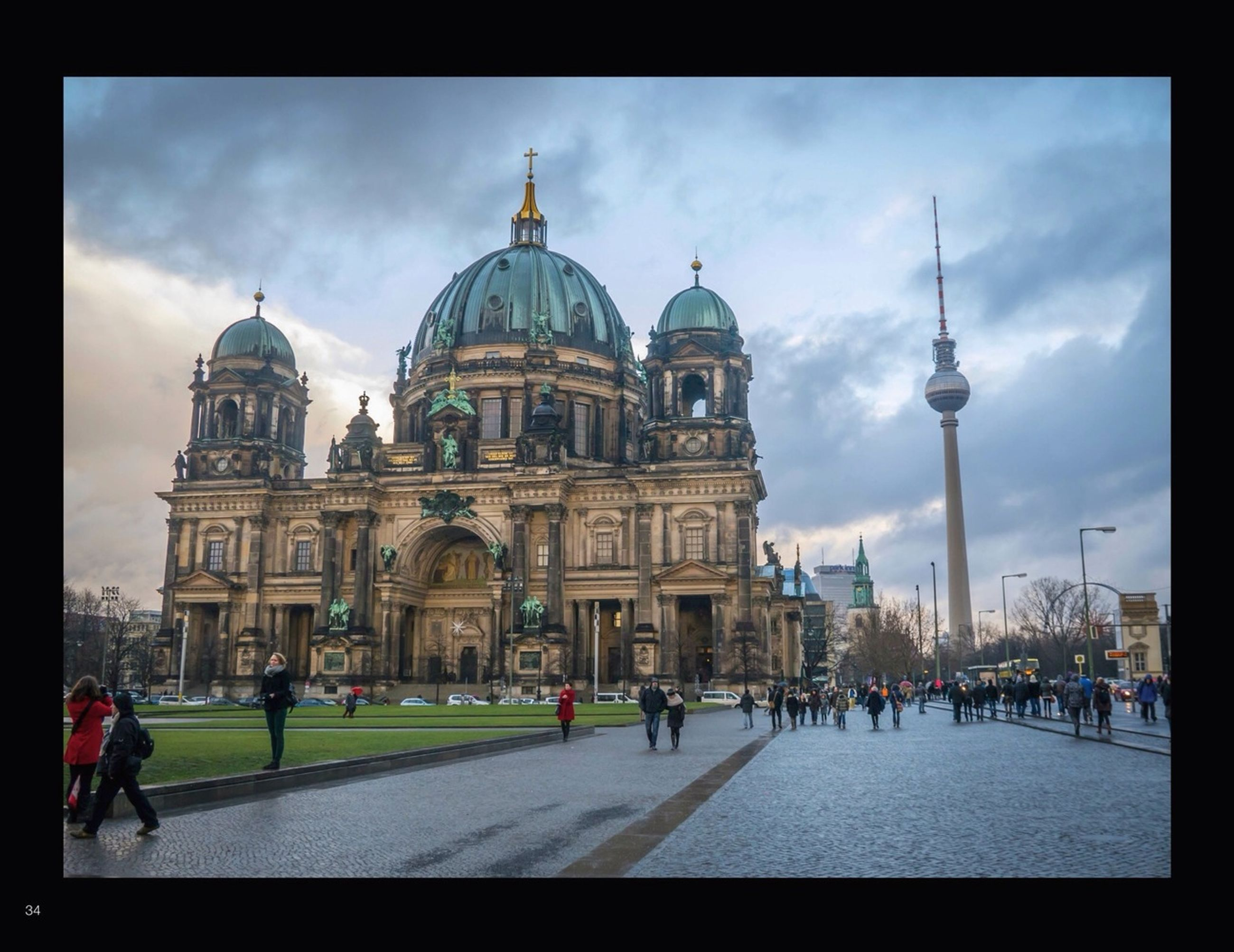 architecture, building exterior, built structure, large group of people, famous place, place of worship, dome, religion, travel destinations, international landmark, tourism, spirituality, cathedral, travel, church, capital cities, sky