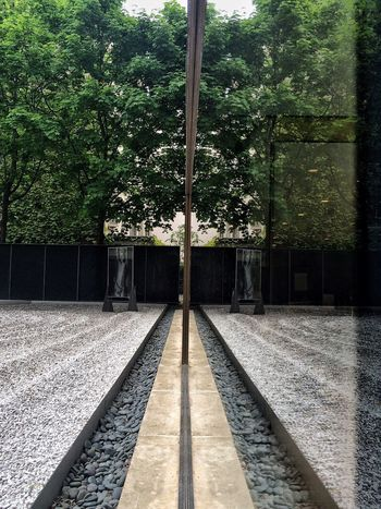 🏛. 📌 #Zen 📍 Paris 4ème - Le Marais - Maison Européenne de la Photographie — 5-7 rue de Fourcy 📅 07.05.2015_19:30 📱 #iPhone6S #ProCamera #Skrwt #SnapSeed • Zen • IPhone Procamera Skrwt Snapseed • Pivotal Ideas •