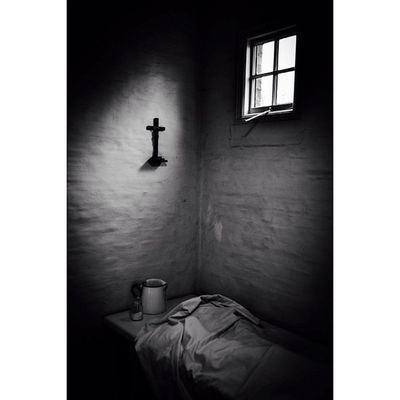Workhouse mortuary... Riponworkhouse Yorkshire Gloomgrabber Fiftyshades_of_darkness Fiftyshades_of_history_bnw Darkshots Darkness Masters_of_darkness Jj_sombre Capturingbritain_bnw w Nexus_nation Bw_lover Igersbnw _mastersofdarkness_