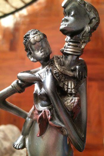 Eyeem Market Attitude Moçambique Sculpture Sculpture Detail Women And Children ArtWork African Beauty Close-up Statue Art And Craft