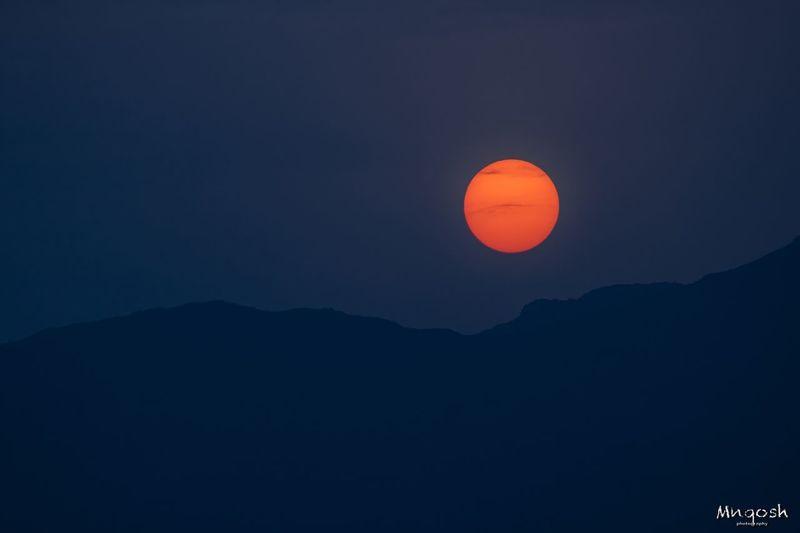 الغروب Sky Beauty In Nature Scenics - Nature Mountain Tranquil Scene Tranquility Silhouette
