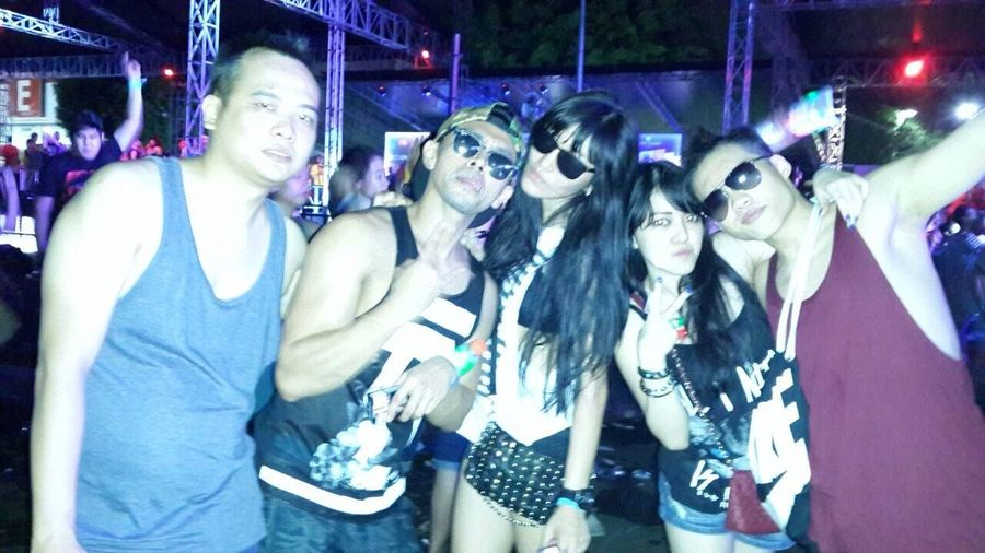 Lets rock !!!! Hanging Out Taking Photos Hello World Enjoying Life Raveparty Have Fun Bestfriends DWP14