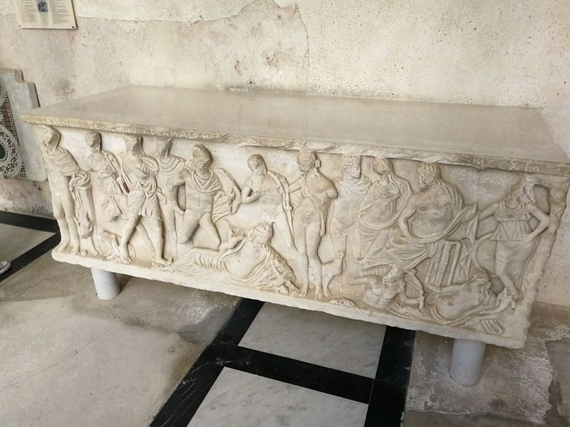Art And Craft Craft Creativity Human Representation Sculpture Representation Architecture Statue Carving - Craft Product No People The Past History Male Likeness Wall - Building Feature Marble Indoors  Pattern Carving Ornate Bas Relief Ancient Civilization Chiostro Del Paradiso Sarcofago Duomo Di Amalfi Archeologia