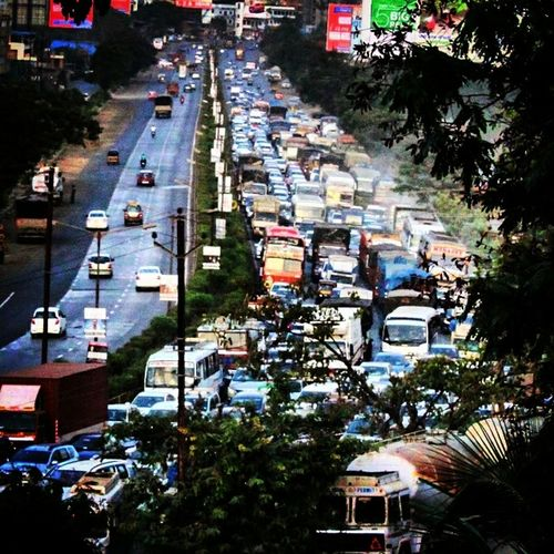 The Photojournalist - 2017 EyeEm Awards Traffic Jam City Highway Vehicles On Road Daily Scene Work Route Stuck In Traffic Pollution ın My World