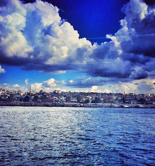 Waterfront Water Sky Sea Blue Scenics Cloud - Sky Tranquil Scene Rippled Cloud Built Structure Architecture Beauty In Nature Tranquility Nature City Calm Day Ocean Cloudy